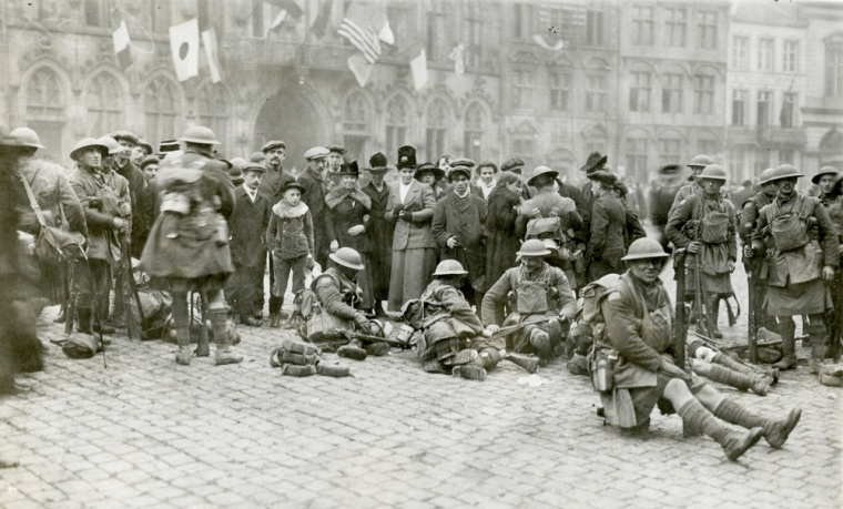 Canadian soldiers and civilians at Mons, shortly after the Armistice, 11 November 1918. Photo courtesy Collections Canada