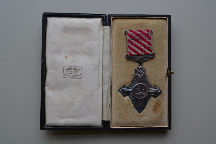 [AFC to Leo Thomas Rennie] John Pinches Medallist, London. c1919. Canadian Centre for the Great War