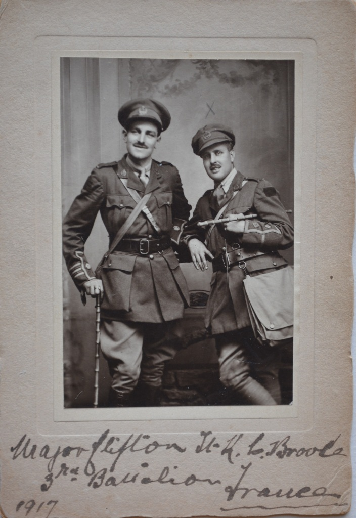 Major [H.K.] Clifton Lt. K.C. Brooke | 3rd Battalion | France | 1917, Collections CCGG/CCGW