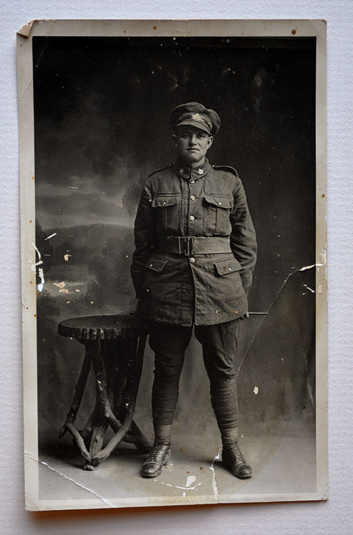 [Private Robert Harold Johnston, 46th Battalion CEF]c.1918. CCGW/CCGG 2015.10.24.02