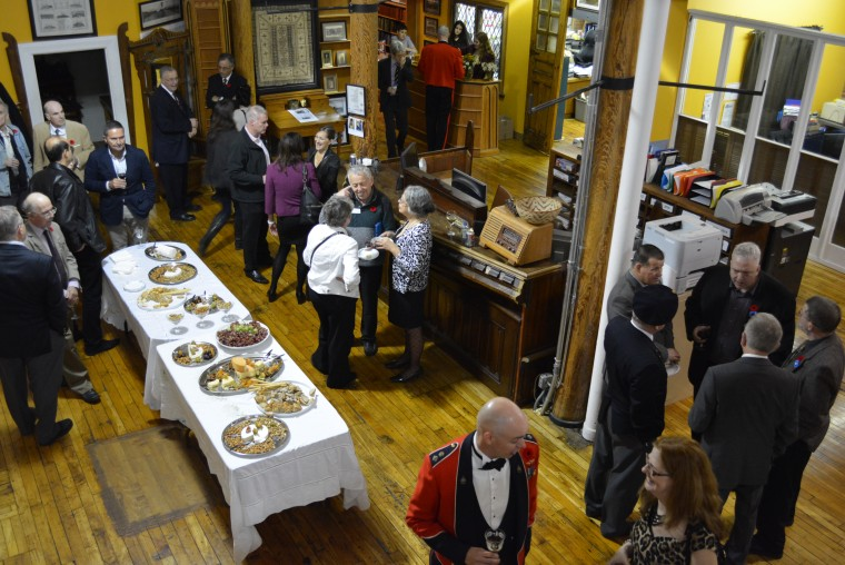 Guests enjoy cheese, wine and conversation at the official launch of the CCGW/CCGG on 6 November 2015.