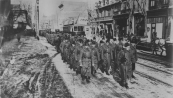 24th Battalion on a farewell march in Montreal